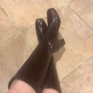 Vintage shiny, brown Gogo Boots